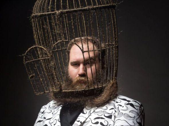 beardcagestage
